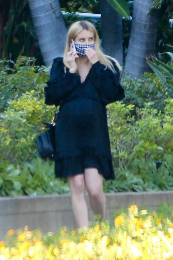 Pregnant Emma Roberts Seen while out in Los Angeles 03