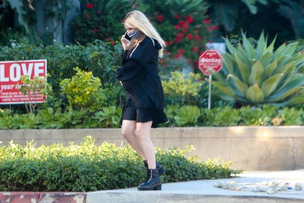 Pregnant Emma Roberts Seen while out in Los Angeles 12