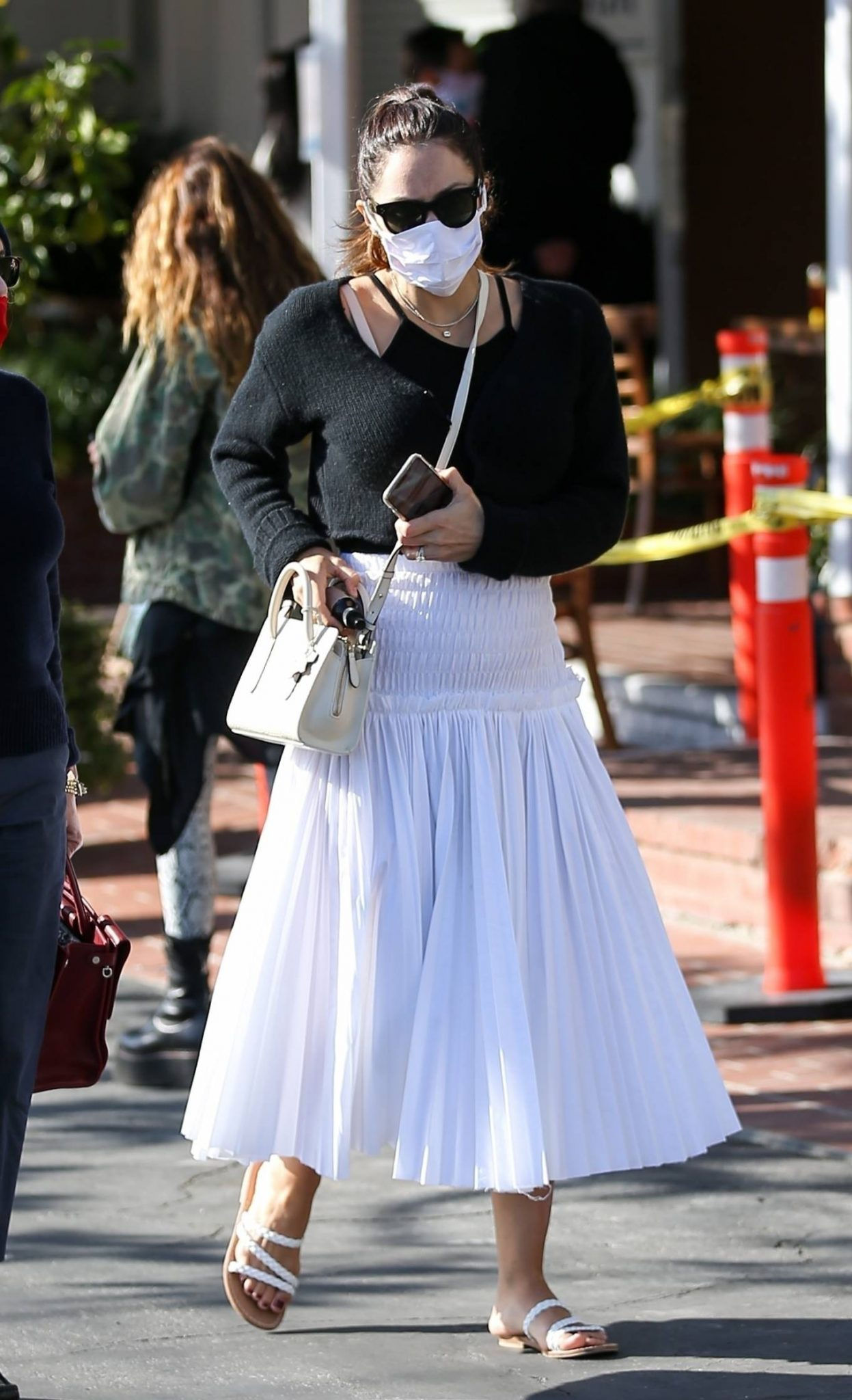 Pregnant Katharine McPhee Seen at Cha Cha Matcha in West Hollywood 04