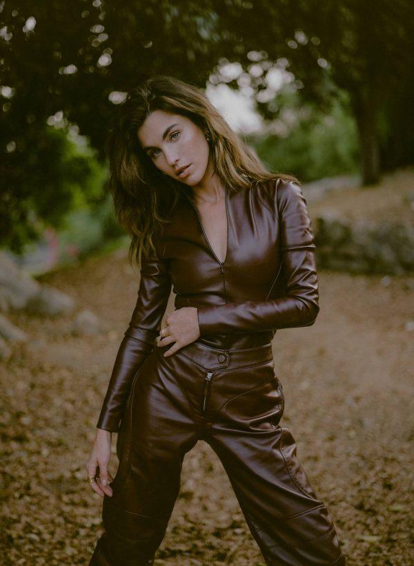 Rainey Qualley Emma Isabella Bassill shoot for Hunger November 2020 01