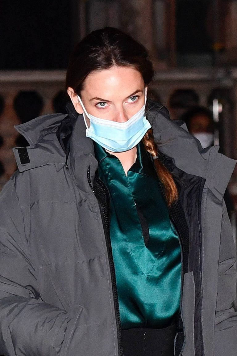 Rebecca Ferguson Filming a night shoot for Mission Impossible 7 in Piazza San Marco 05