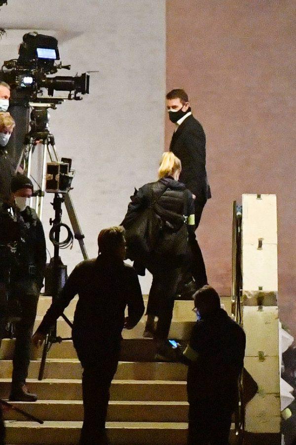 Rebecca Ferguson On the set of Mission Impossible 7 in Campo San Giacomo dell Orio Venice 06