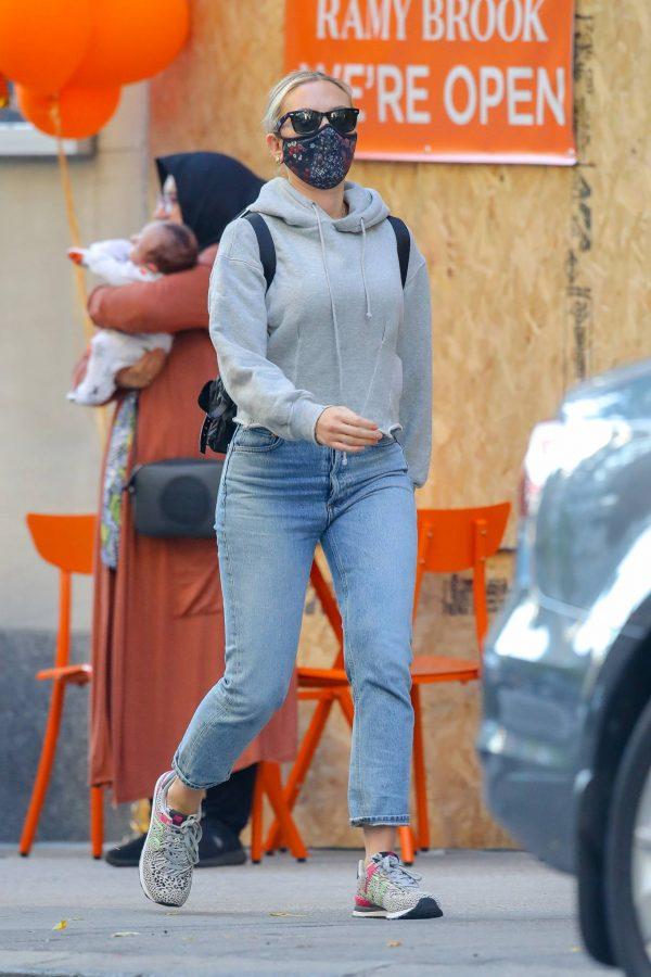 Scarlett Johansson Looks casual in denim on the street of NYC 15
