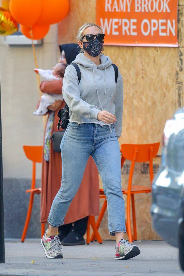 Scarlett Johansson Looks casual in denim on the street of NYC 18