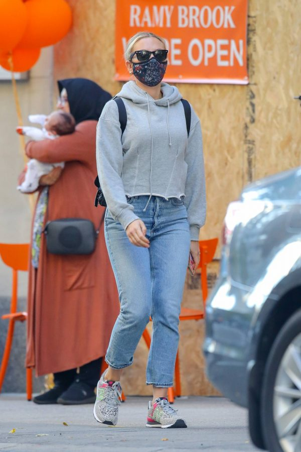 Scarlett Johansson Looks casual in denim on the street of NYC 19