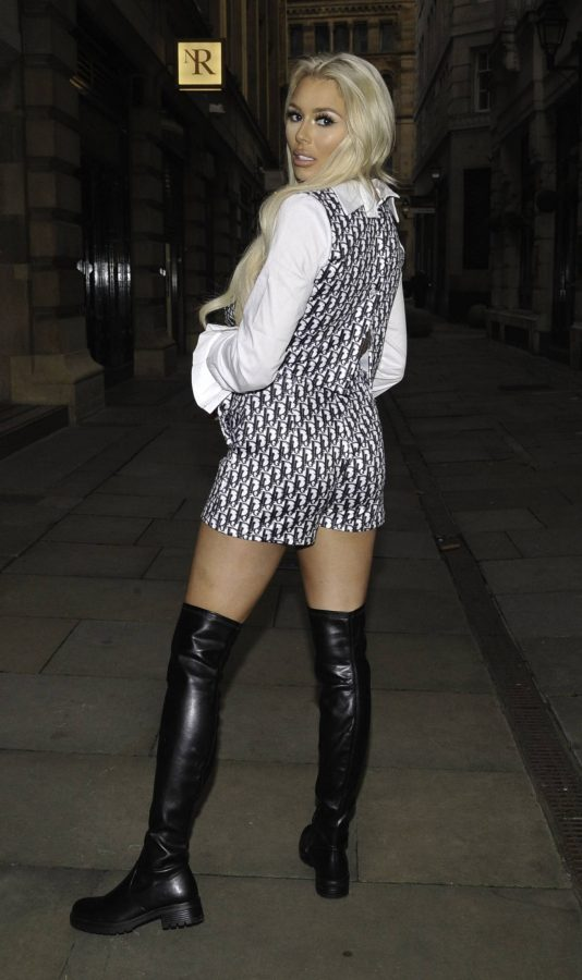 Shannen Reilly McGrath Night out in Manchester 11