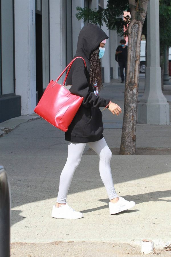 Skai Jackson Wearing mask as she leaving DWTS studio in Los Angeles 01