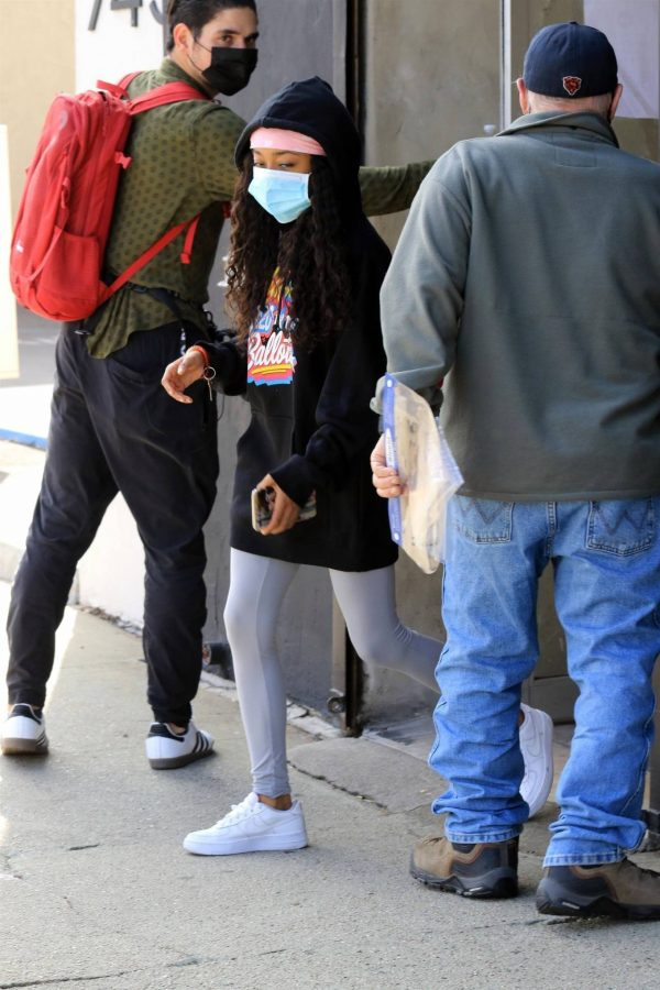Skai Jackson Wearing mask as she leaving DWTS studio in Los Angeles 03