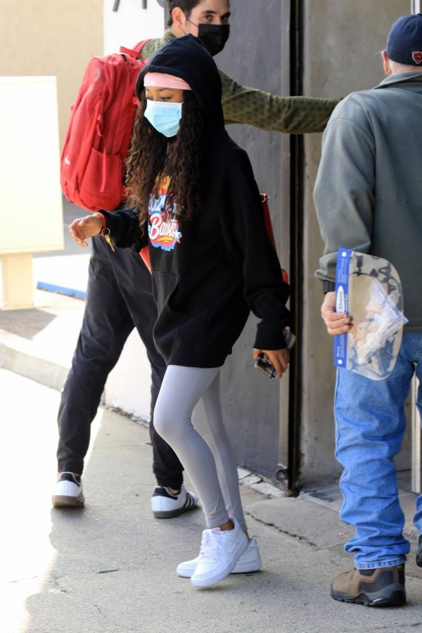Skai Jackson Wearing mask as she leaving DWTS studio in Los Angeles 08