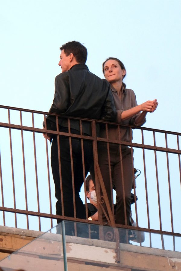 Tom Cruise and Rebecca Ferguson Mission Impossible 7 set in Venice 04