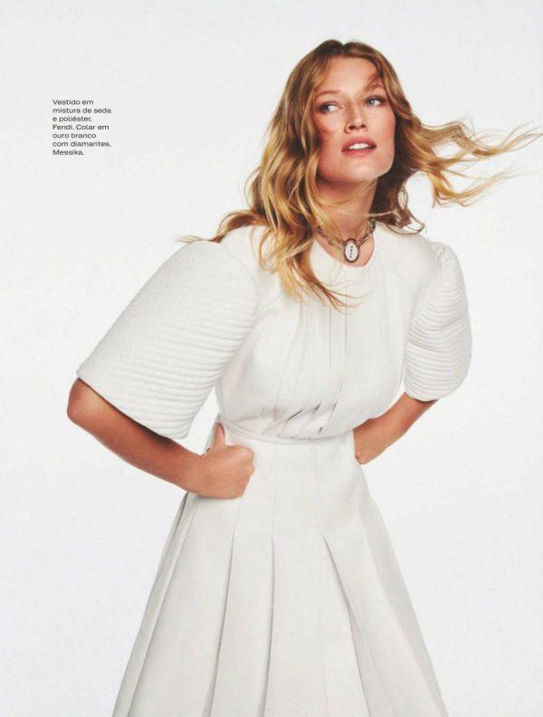 Toni Garrn ELLE Magazine Spain September 2020 21