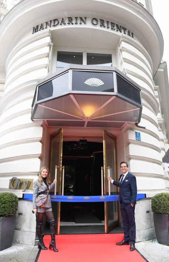 Victoria Swarovski Hotel Mandarin Oriental Munchen Opening in Munich 06