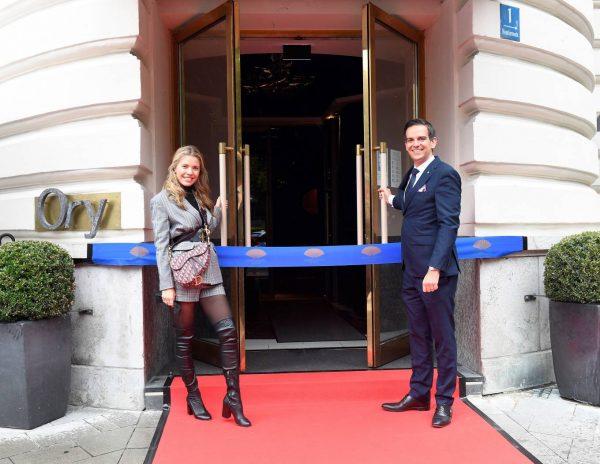 Victoria Swarovski Hotel Mandarin Oriental Munchen Opening in Munich 07