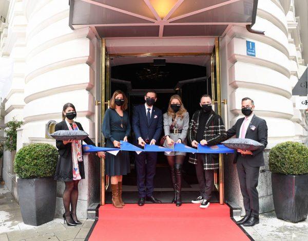 Victoria Swarovski Hotel Mandarin Oriental Munchen Opening in Munich 11