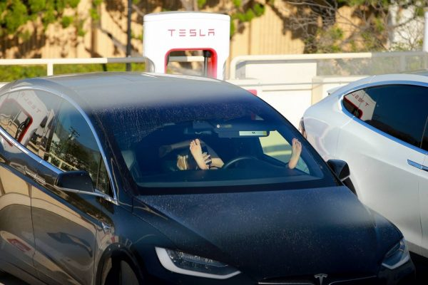 Ariel Winter Charge car at the Tesla Charging Station in Burbank 03