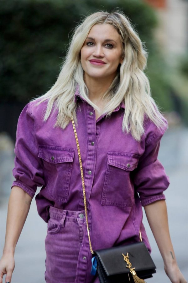 Ashley Roberts Seen after the Heart Radio Breakfast Show in London 02