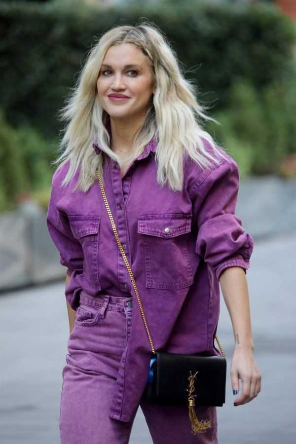 Ashley Roberts Seen after the Heart Radio Breakfast Show in London 06
