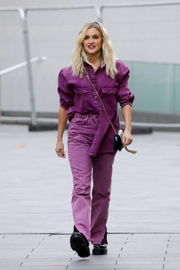 Ashley Roberts Seen after the Heart Radio Breakfast Show in London 07