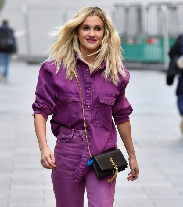 Ashley Roberts Seen after the Heart Radio Breakfast Show in London 08