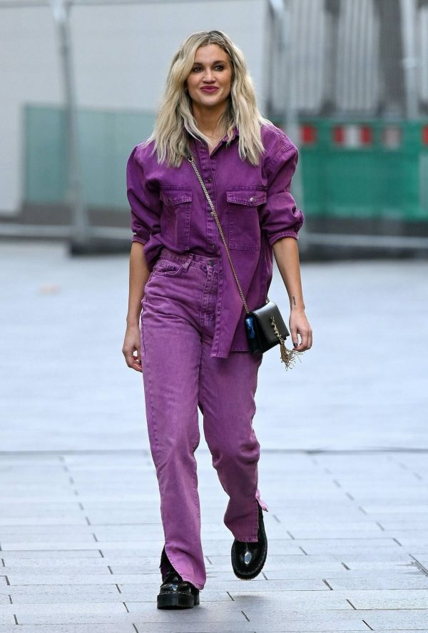 Ashley Roberts Seen after the Heart Radio Breakfast Show in London 12