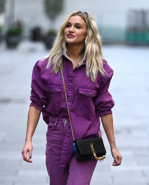 Ashley Roberts Seen after the Heart Radio Breakfast Show in London 13