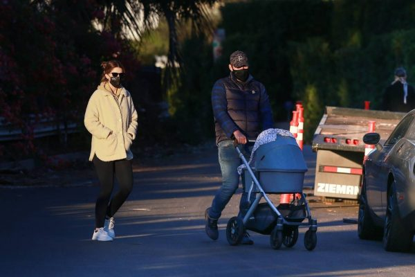 Chris Pratt and Katherine Schwarzenegger Out with their daughter in Santa Monica on a sunset 03