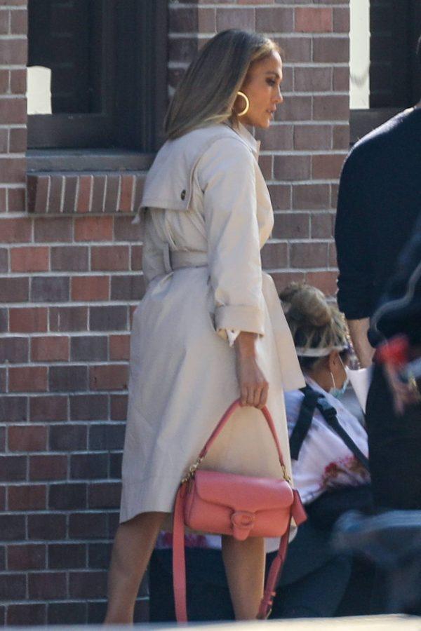 Jennifer Lopez Photoshoot Candids in Los Angeles 01