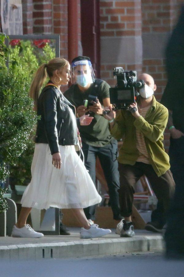 Jennifer Lopez Photoshoot Candids in Los Angeles 04