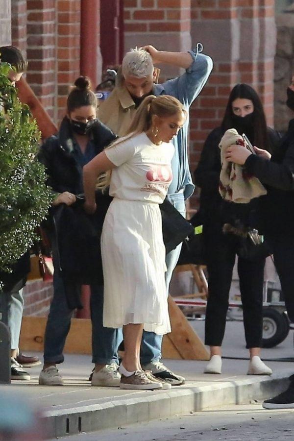 Jennifer Lopez Photoshoot Candids in Los Angeles 07