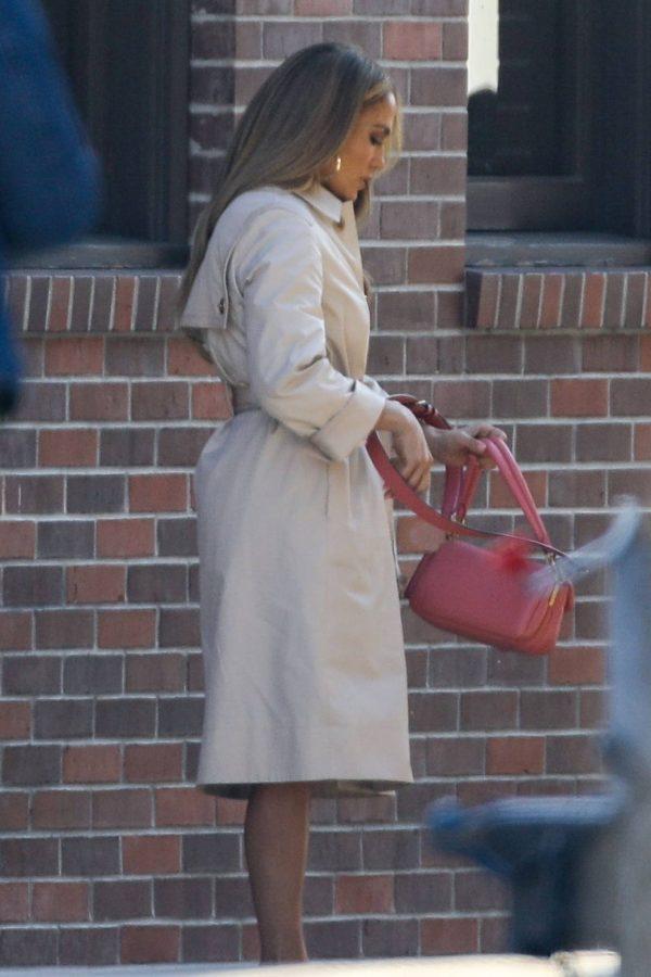 Jennifer Lopez Photoshoot Candids in Los Angeles 14