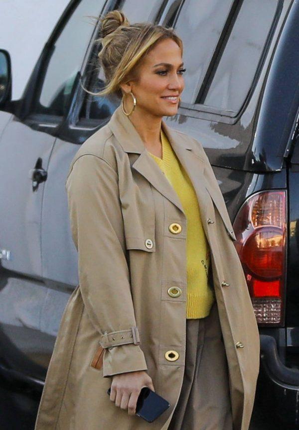 Jennifer Lopez Photoshoot Candids in Los Angeles 15