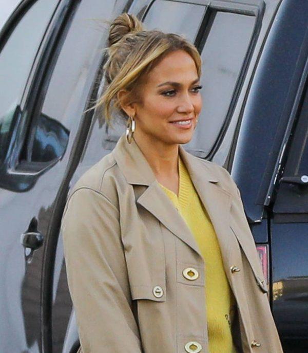 Jennifer Lopez Photoshoot Candids in Los Angeles 20