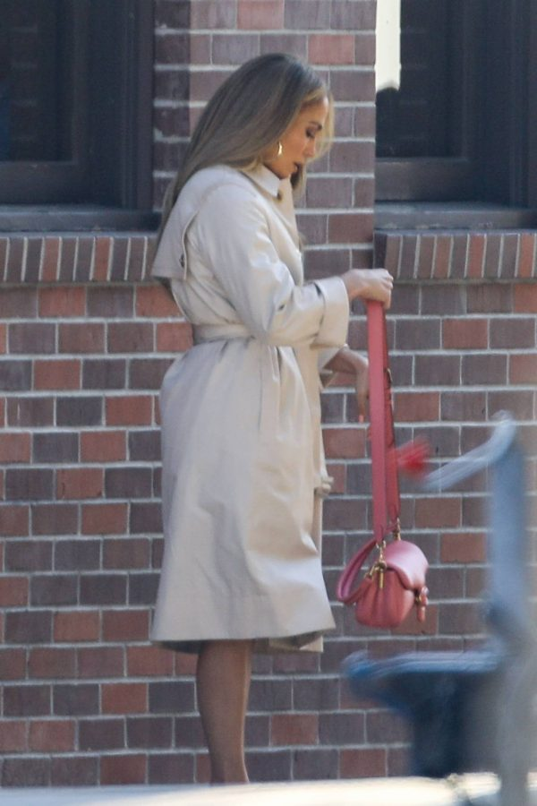 Jennifer Lopez Photoshoot Candids in Los Angeles 23