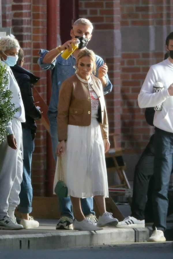 Jennifer Lopez Photoshoot Candids in Los Angeles 24