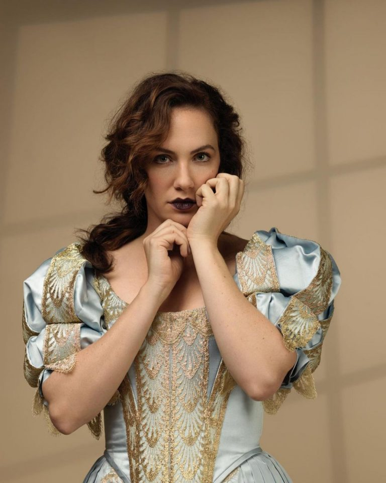 Kate Siegel The Haunting of Bly Manor Promos 03