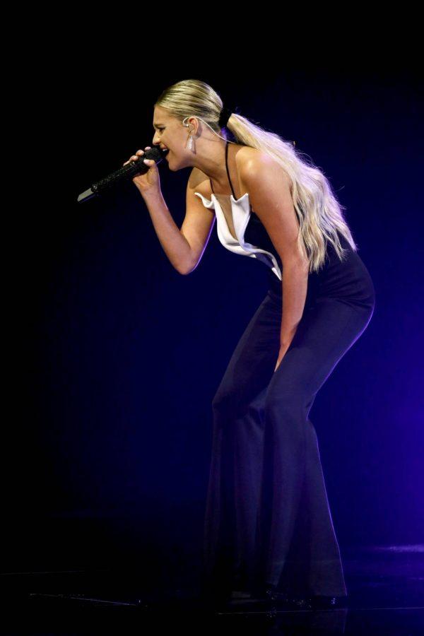 Kelsea Ballerini 2020 CMA Awards in Nashville 03