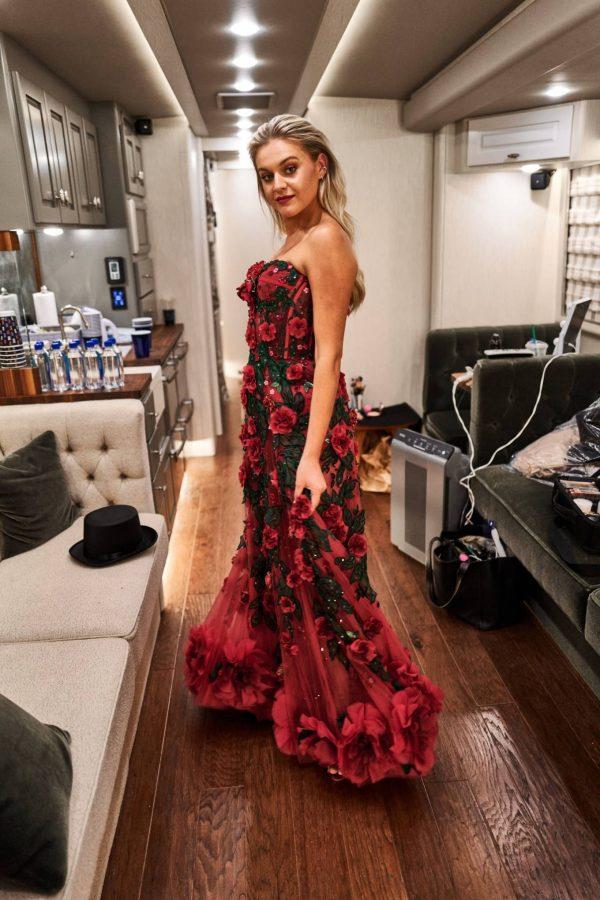 Kelsea Ballerini 2020 CMA Awards in Nashville 04