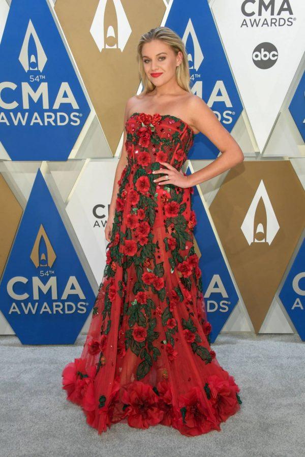 Kelsea Ballerini 2020 CMA Awards in Nashville 09