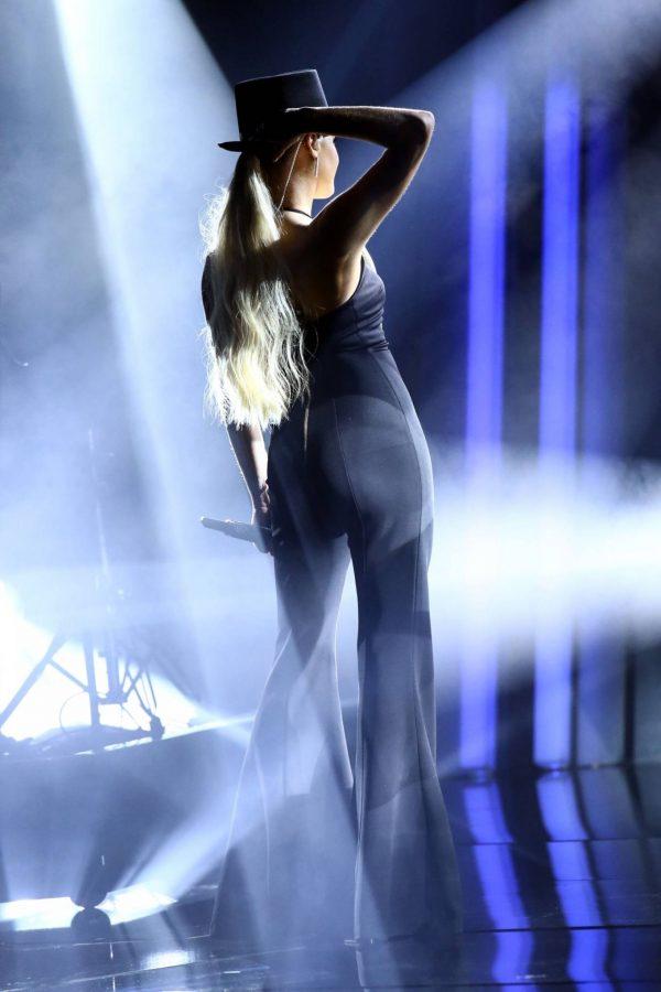 Kelsea Ballerini 2020 CMA Awards in Nashville 18