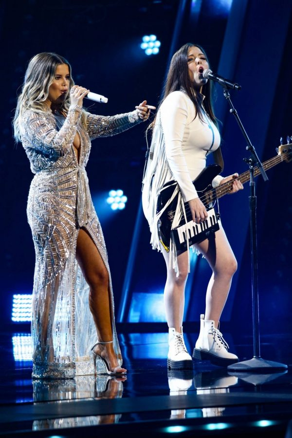 Maren Morris 2020 CMA Awards in Nashville 05