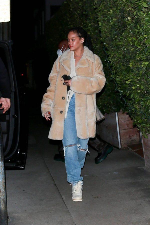 Rihanna Seen while exits Giorgio Baldi in Santa Monica 04