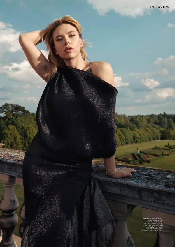 Scarlett Johansson Marie Claire Australia December 2020 04