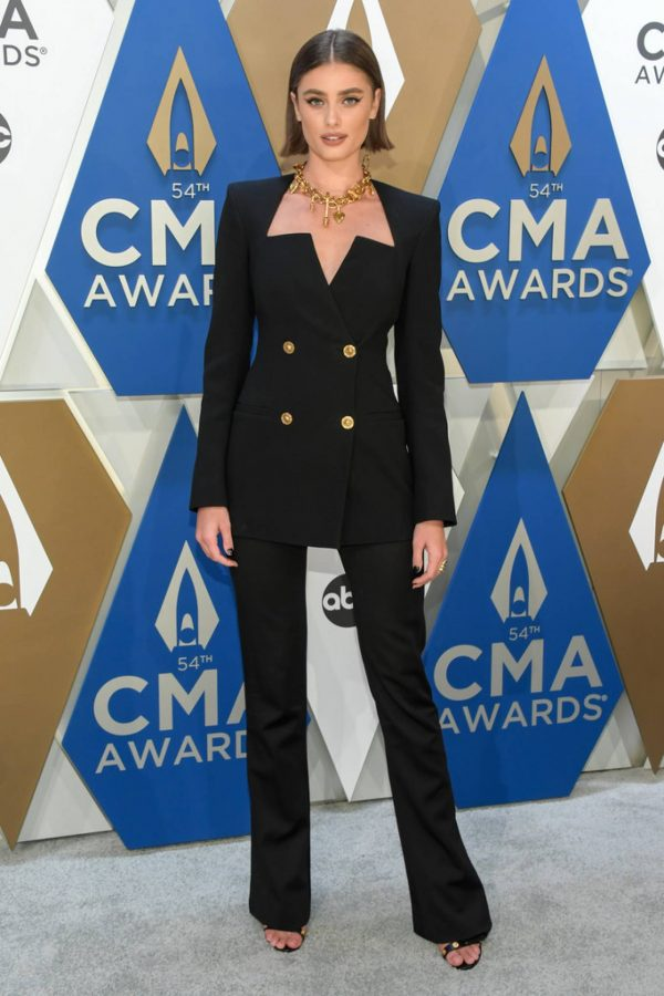 Taylor Marie Hill 2020 CMA Awards in Nashville 01