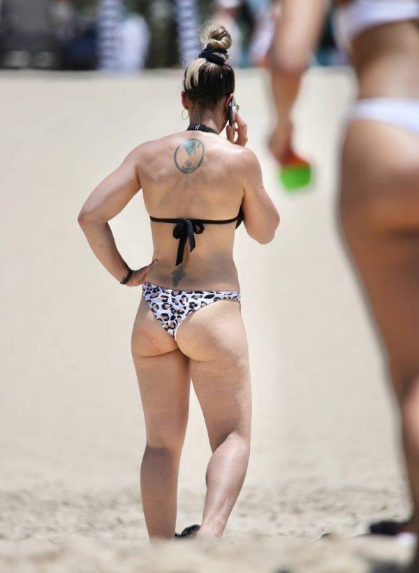 Amanda Micallef In bikini at the beach on the Gold Coast 04