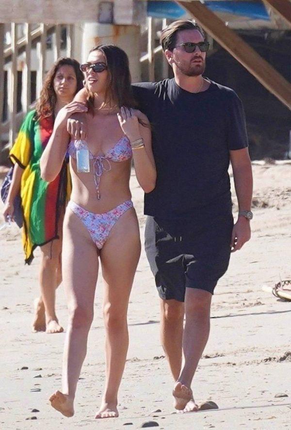 Amelia Hamlin In a bikini at the beach in Malibu 03
