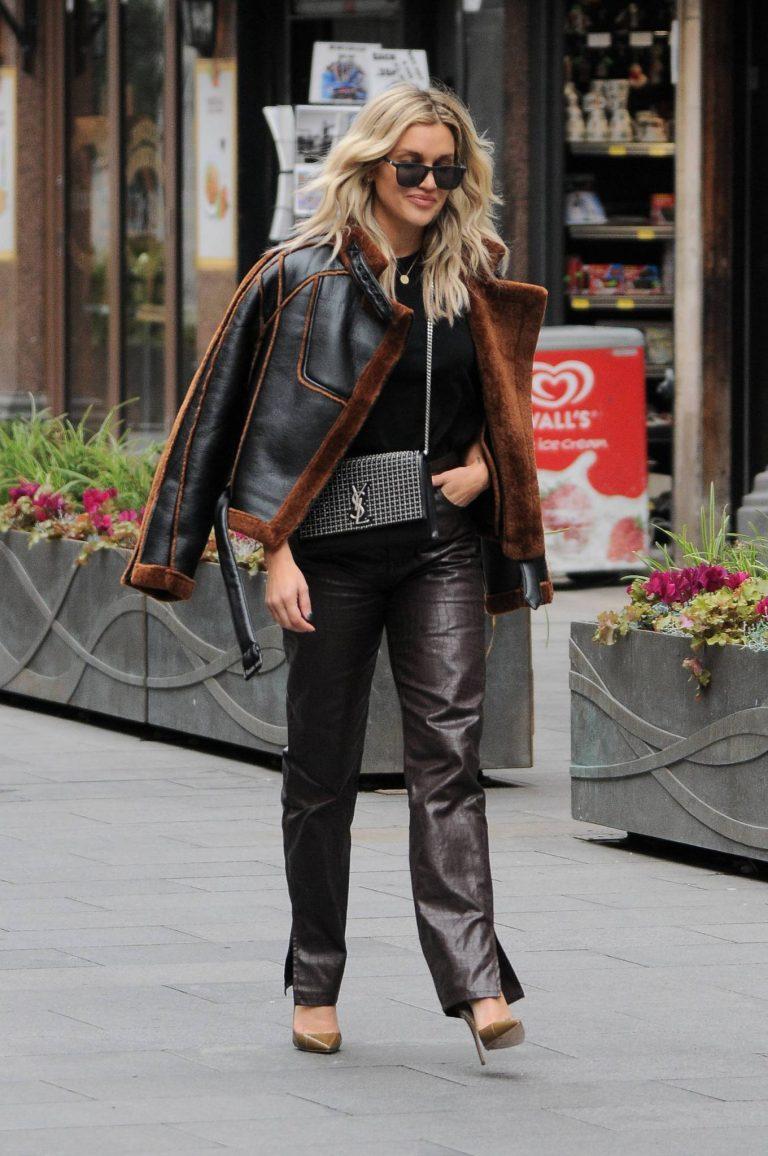 Ashley Roberts Seen leaving Heart FM in London 05
