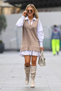 Ashley Roberts Spotted leaving Global Studios Heart FM in London 08