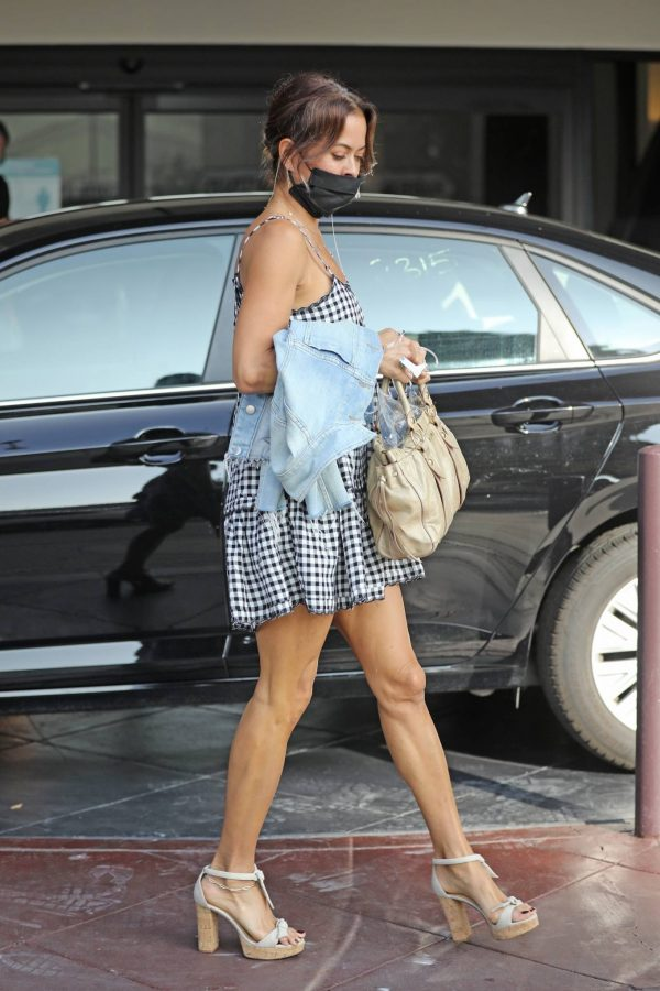 Brooke Burke Seen out in Beverly Hills 01
