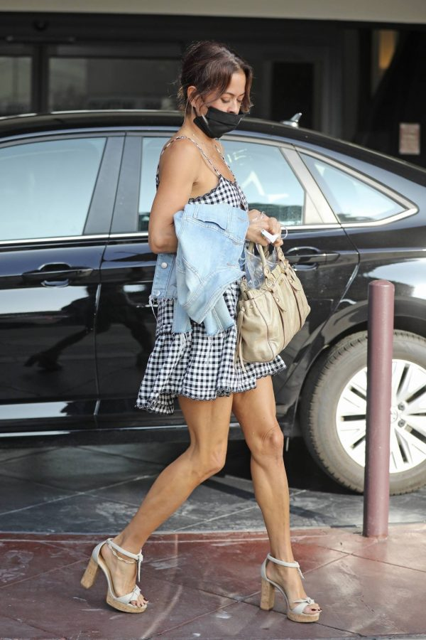 Brooke Burke Seen out in Beverly Hills 08