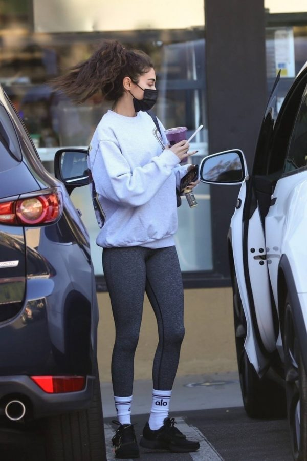 Chantel Jeffries With Jocelyn Chew seen outside Earthbar in West Hollywood 02